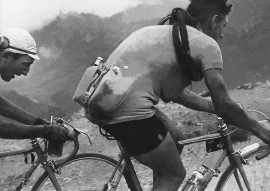 Robert Capa – Tour De France 1935